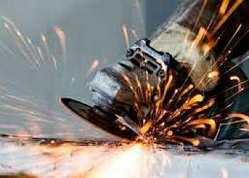Manutenção porta de aço sp