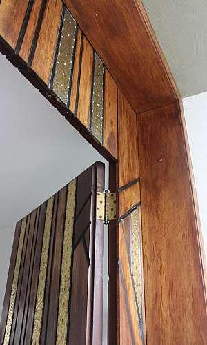 Porta de madeira valor